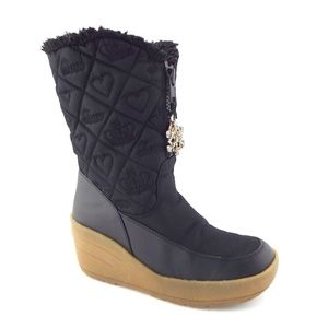 JUICY Snowflake Black Heart Love Quilted Boots 6
